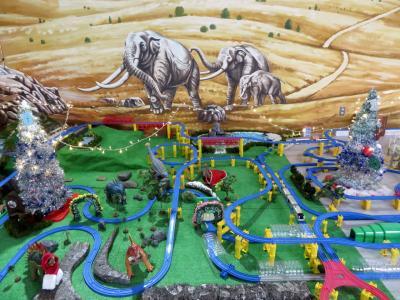 秋色の残る冬の長野の茶臼山動物園(1)初の上田経由でのアクセス&駅弁とおやきグルメ&茶臼山の秋景色と茶臼山から見た篠ノ井の清涼な見晴らし&急いでいても買えた長野みやげ