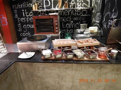 amazing THAILAND! (6)Novotel Bangkok on Siam Square Hotel の朝食バイキング・・・