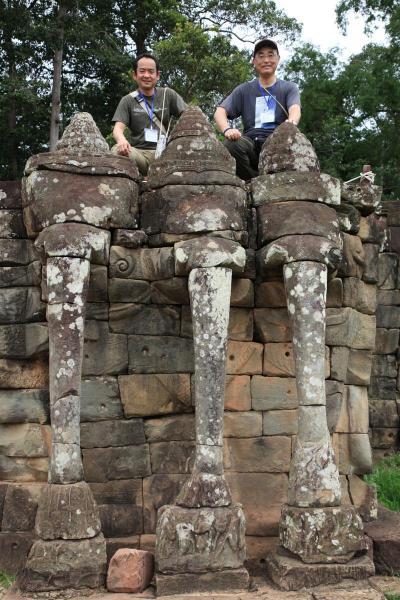 アンコールトム・象のテラスとタ・プローム寺院遺跡