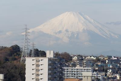 戸塚駅東口周辺から見える富士山