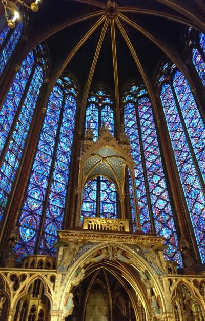 中世に出会う旅、その9.  パリ、毎回新たな出会いのあるルーブル美術館、サントシャペルなど。