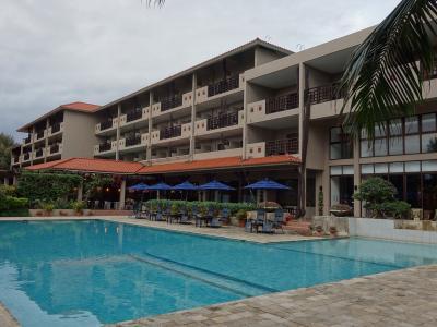 西表島のホテルステイ。ああ,天国,天国。だって,「ニラカナイ」ですもの。