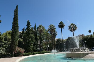 美しき南イタリア旅行♪ Vol.740(第25日)☆Bari:バーリ新市街の美しい広場「Piazza Umberto」♪