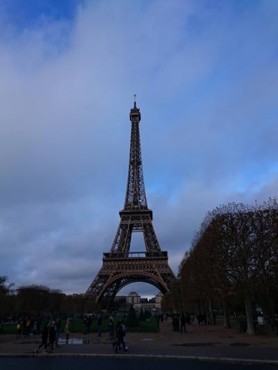 パリへ エッフェル塔 ルーブル美術館 11月21日から27日