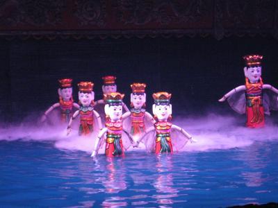 ハノイ&ハロン湾4日間(1)タンロン水上人形劇