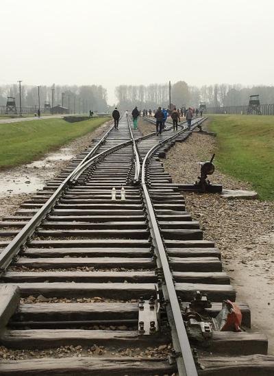 想い出のポーランドは雨の中