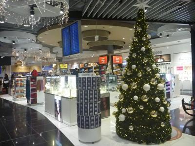 クリスマスマーケットでキラキラのプラハへ(1)ヘルシンキで乗り継いでプラハまで