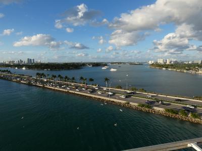 マイアミ出航 (Miami, U.S.A.)