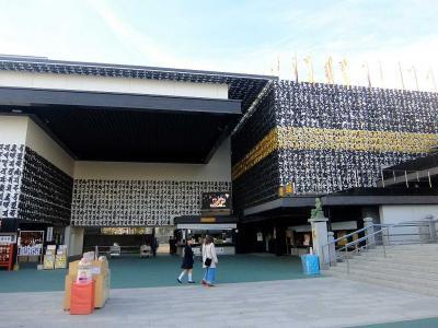 深川不動尊は内仏殿や新本堂の館内が大変充実で,富岡八幡宮は相撲と縁あり