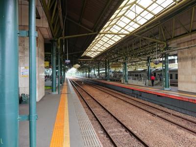 バンドンへ行く!渋滞と列車の立ち往生で、とても遠かったです。
