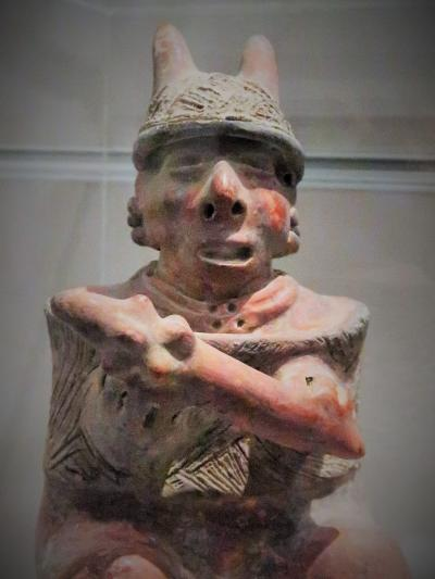 たばこと塩の博物館c  常設展示[たばこの歴史と文化]見学 ☆嗜好品-奥深い文化を形成