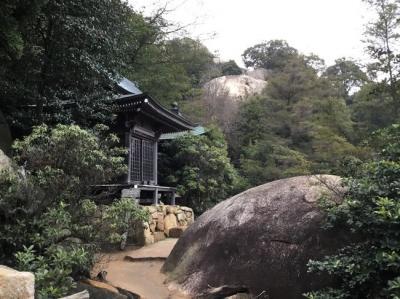 なぜか日本人に不人気?宮島でミシュランの星3つの絶景パワースポット弥山