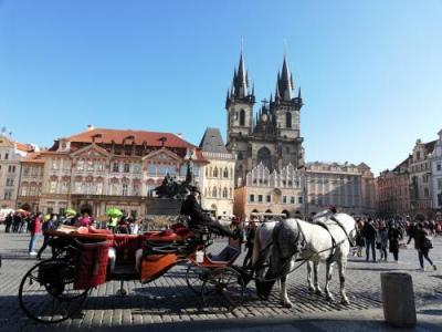 スターアライアンス ビジネスクラスで行く3週間で世界一周(34)「プラハ3日目 スミーホフ・旧市街その1」