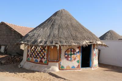 西インド グジャラートの旅(1)~ブージ1 バンニエリア村巡り(ニローナ、ルディア)~
