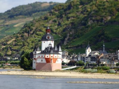 ラインの調べ《古城クルーズ:ビンゲン-ST.Goar間の古城全部紹介と街歩記》&AC Hotel Mainz by Marriott紹介