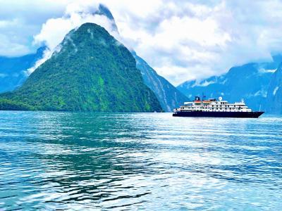 キラキラ輝く初夏のニュージーランドへ一人旅 <4> 『ミルフォードサウンド』&『クライストチャーチ』までバス旅
