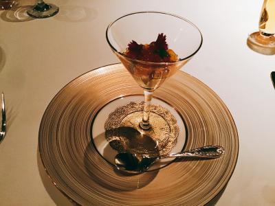 夜の食事会をSHIROYAMA HOTEL kagoshima(旧城山観光ホテル)の10階にあるフランス料理「ル シェル」で