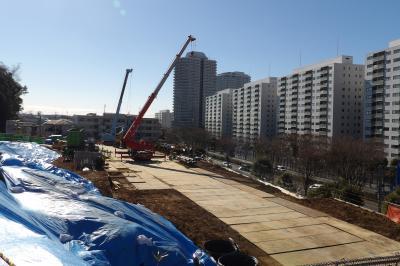 品濃一里塚公園西に隣接するマンションの建設現場