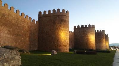 城壁の町アビラ散歩