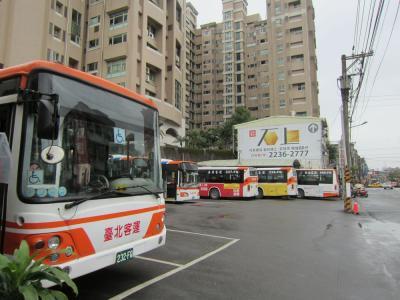 台北から平渓(十分)には路線バスが便利