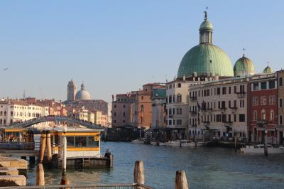 歩けば歩くほど楽しい街ヴェネツィアでの年末年始②(遂に本島上陸!本当に水路だらけなんだね!!)