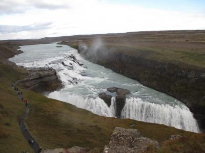 火と氷の大地 アイスランド南部周遊 11日間①