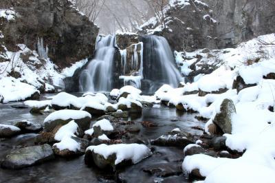 ◆浅き眠り、少雪の明神滝&滑川砂防ダム