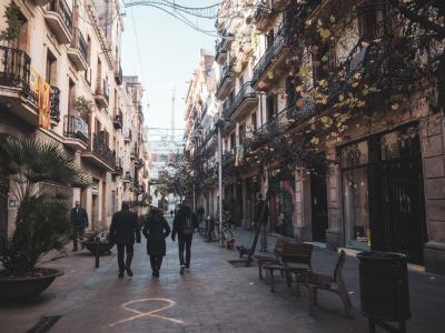 '18-'19 スペイン03 : バルセロナ街歩き グラシア地区からバルセロネータへ