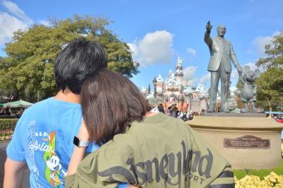 LA TRIP!! DAY2 Disney landへインパーク。滞在時間驚きの17時間、アトラクションもフードもショーも楽しんじゃいました!