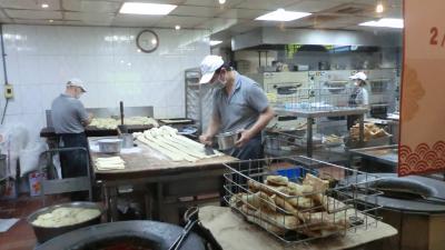 台北でまたまたB級グルメ(胡椒餅とか)