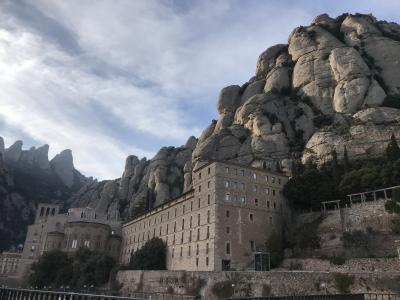 年越しスペイン旅行、マドリード&バルセロナ周遊④ コロニア・グエル、モンセラット