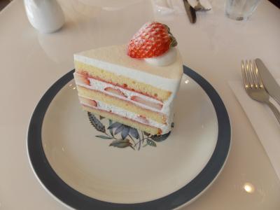 素敵なケーキ屋さん「ricca」