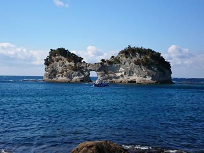 円月島~番所山公園からの海の透明度が素晴らしい♪高級魚クエ鍋に舌鼓を打つ!