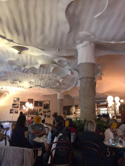 バルセロナ4日目 カサミラ、デパートのフードコートでランチ カタルーニャ音楽堂でフラメンコ 壊れたお腹を抱えつつ