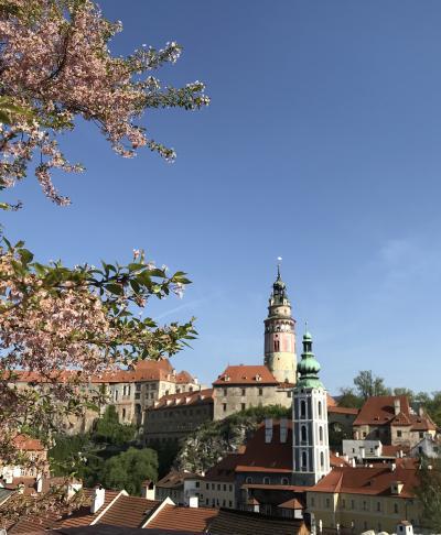 ☆春のプラハでモルダウを~♪.:*ハンガリー・スロバキア・チェコ周遊10日間 vol.31 ホテル・ルゼとチェスキークルムロフの夜の街♪