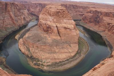 アメリカ国立公園絶景の旅--ページ・ホースシューベント--