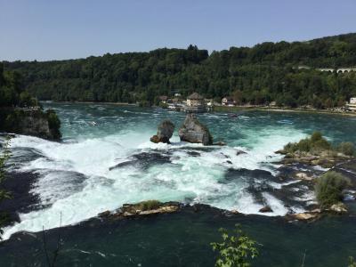 チューリッヒから気軽に行けるラインの滝