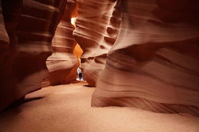アメリカ国立公園絶景の旅--アンテロープキャニオン--