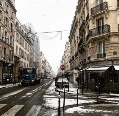 パリ雪の日のショッピング(ギャラリーラファイエット&マレ地区)