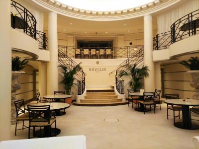 往路ファーストクラスで行く夢のRitz Parisを堪能しまくる真冬のパリ母娘旅(後篇)
