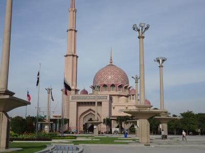 初マレーシア・クアラルンプール 弾丸2泊3日《ピンクモスク見学と帰国まで トラブル多発!!》