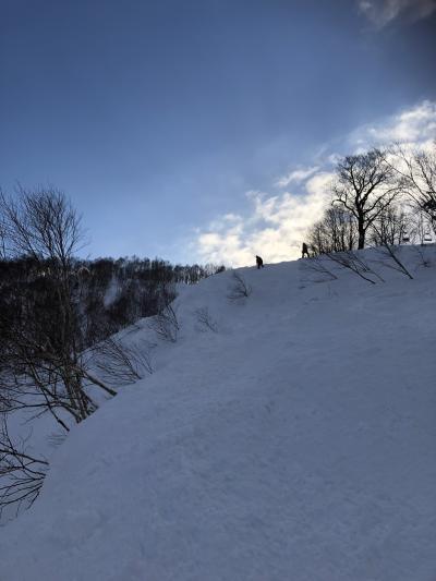 スキーのあとは、おこげが香ばしい地鶏釜めし「こめ太郎」!