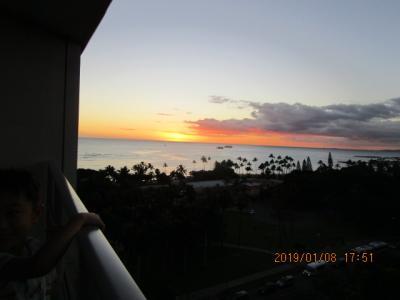 ハワイ オアフ島の美しい海とサンセット