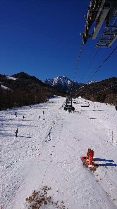 サンメドウズ清里でスキー、羽村休暇村清里に一泊
