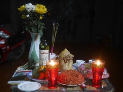 ベトナムでカウントダウン。テト(旧正月)を迎える。ベトベト人のテトの儀式(+_+)/