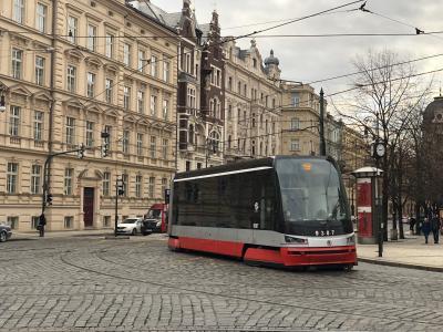 プラハ(中欧鉄道旅行4) ー異次元に美しい街ー