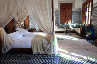魅惑の迷宮 モロッコ12日間 ③フェズの楽園ホテル