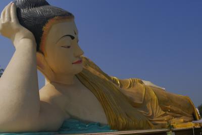 ポン友と二人でミャンマー(バガン・マンダレー)の旅   バゴーでの一日