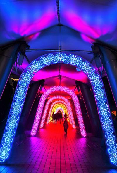 東京ドームシティ 冬季イルミネーション-a ☆万華鏡の道・クリスタルアベニューなど