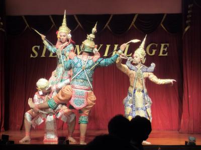2014.11 ツアーで行ってみたタイランド(3)ワット・ポーにタイ舞踊鑑賞。ツアーで巡るバンコク観光・後編。